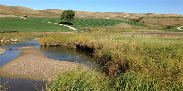 New Jim Engh-designed Minot Country Club course opens for play