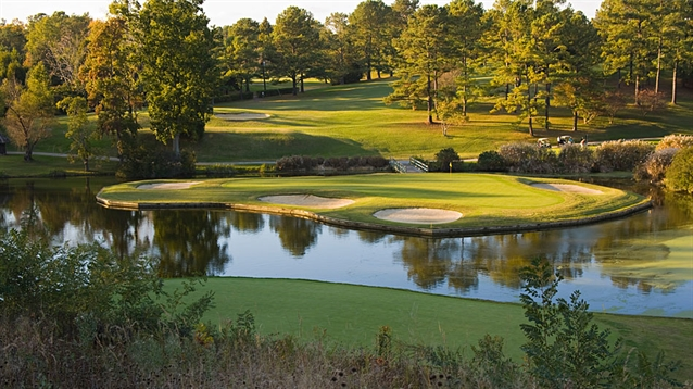 Renovations to the Golden Horseshoe Gold course to commence this May