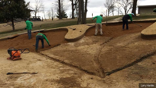 Bunker renovation work continues at Country Club of Paducah