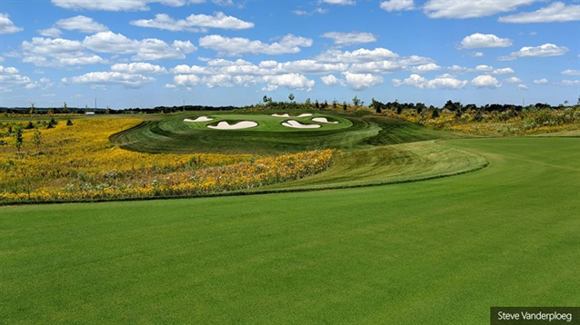 New course opens at Friday Harbour resort near Toronto