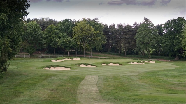 Infinite Variety completes two more holes at Blackwell