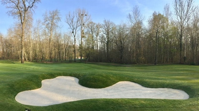 Golf de l'Isle Adam completes bunker renovation project