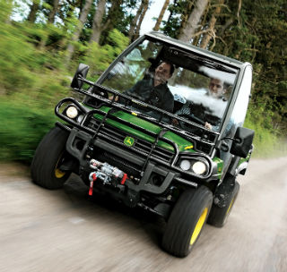 John Deere improves Gator