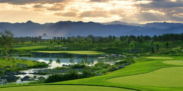 Nicklaus China links up with Hainan Air to support courses
