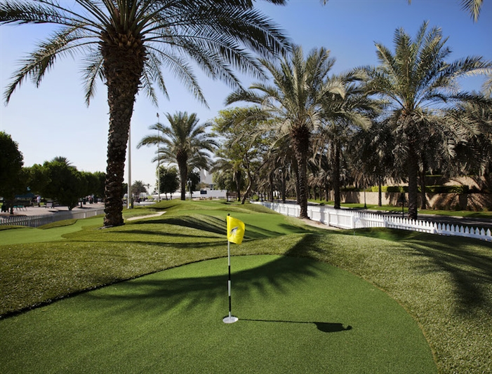 Harradine launches Emirates' first dedicated putting course