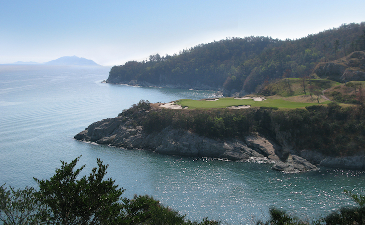 Spectacular oceanside South Cape course opens in Korea