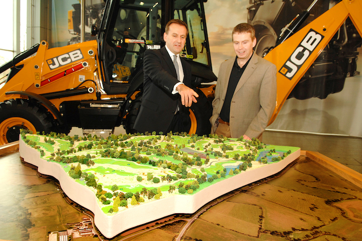 Equipment manufacturer JCB to build new course near English HQ